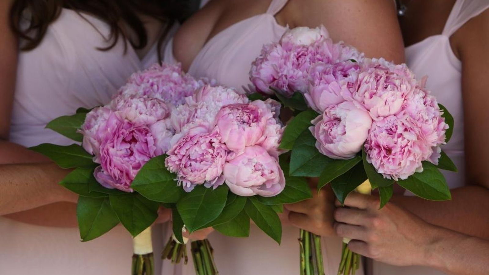 Flower arrangements for Bridesmaids at The St. Regis Mardavall Mallorca Resort