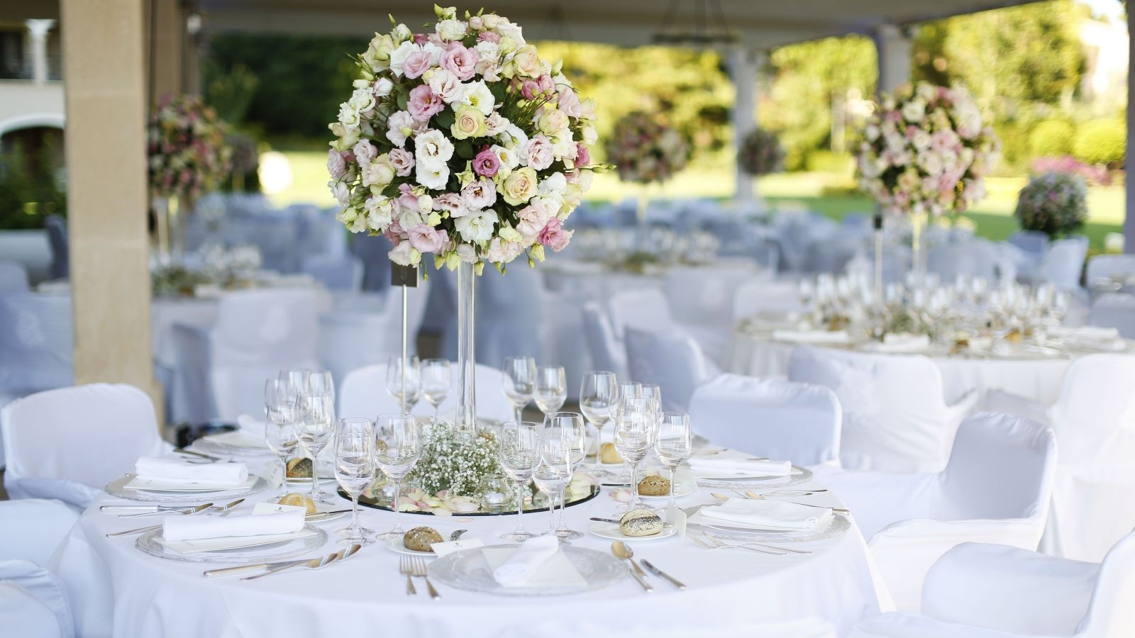Ideas For Wedding Botanicals And Table Decorations At The St. Regis Majorca