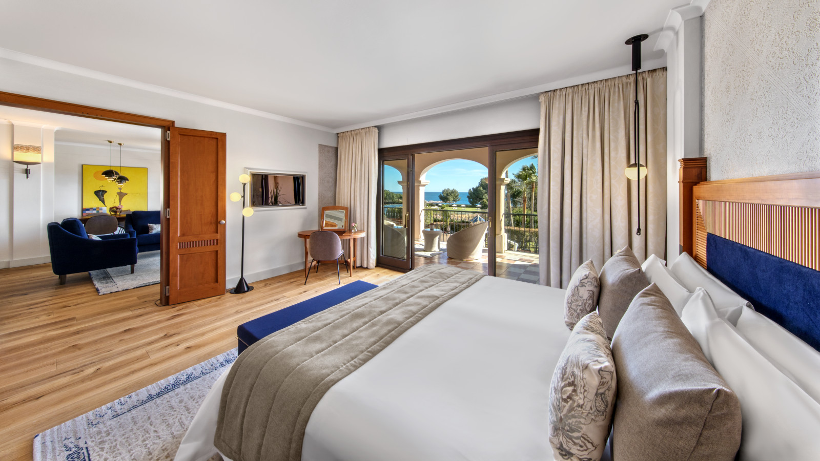 Newly refurbished Ocean One Suite at the luxus spa resort in Mallorca The St. Regis Mardavall